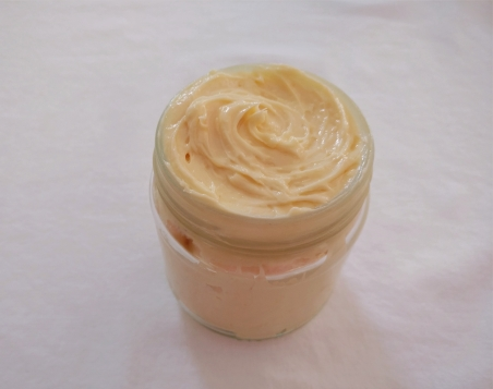 Homemade & eco-friendly whipped shea body butter